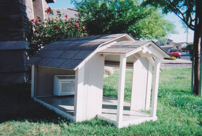 Dog house plans with porch plans for Ricky lee s dog houses